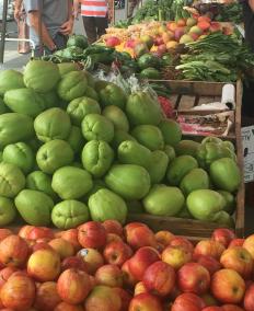 epicur magazine buen vivir feria agricultor verduda fruta food premium gourmet costa rica